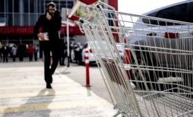 Россияне стали обращать меньше внимания на цены продуктов в магазинах