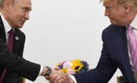 Кремль назвал «теоретически возможной» встречу Путина и Трампа на АТЭС