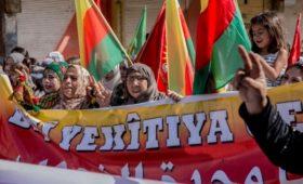 Курды напрямую обвинили США в сдаче их позиций Турции