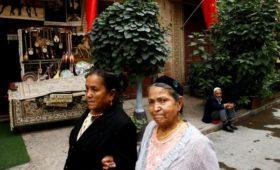 США ввели санкции против организаций из Китая из-за преследования уйгуров