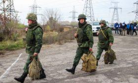 Зеленский перечислил три этапа прекращения конфликта в Донбассе