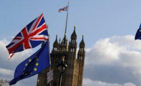 Times узнала о готовности дать Лондону отсрочку по Brexit до февраля