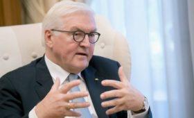 Штайнмайер в письме Горбачеву выступил за сближение России и Европы