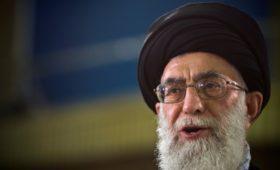 Лидер Ирана связал протесты из-за бензина с происками иностранных врагов