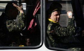 Зеленский отменил в украинской армии звания прапорщика и мичмана
