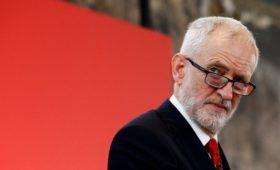 Лидер британской оппозиции обвинил Трампа во вмешательстве в выборы