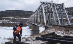 Путин одобрил проект строительства моста через Лену
