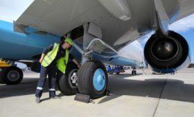 Глава «Победы» заявил о риске аварий из-за повреждений шасси в аэропортах