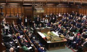 СМИ сообщили о защите телефонов британских политиков от хакеров из России