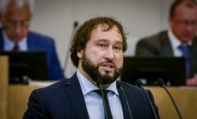 Уменьшающий долю иностранцев в значимых сайтах проект отзовут из Думы