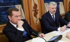 Глава Минтранса попросил отдать РЖД ₽40 млрд из ФНБ