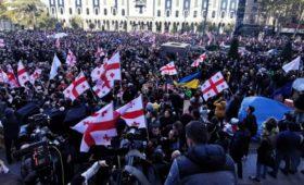 Грузинская оппозиция заявила о моральном кризисе в стране