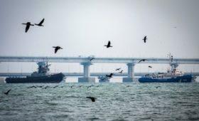 Главком ВМС Украины обвинил Россию в краже унитазов и плафонов с кораблей