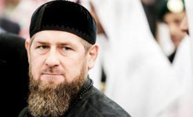 Кадыров связал слова о наказании за оскорбления в интернете с этикой