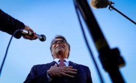 AP узнало о роли Перри в сделке между властями Украины и компанией из США