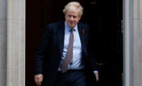 СМИ узнали о включении имен 9 россиян в доклад Британии об угрозе России