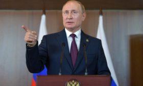 Путин увидел в протестах в Латинской Америке признаки вмешательства извне