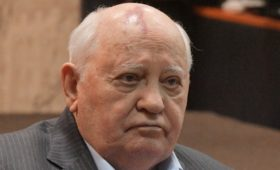 Горбачев предупредил о «любом сценарии» при развале соглашений по оружию
