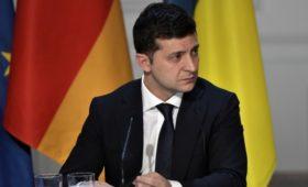 Зеленский заявил о необходимости изменить минские соглашения