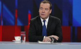 Пресс-секретарь Медведева прокомментировал расследование ФБК о самолетах