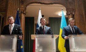 «Газпром» и «Нафтогаз» договорились о транзите газа в Европу