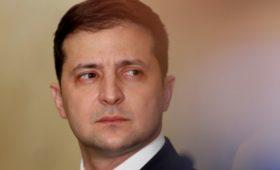 Помощник Зеленского потребовал «уточнить» минские соглашения по Донбассу
