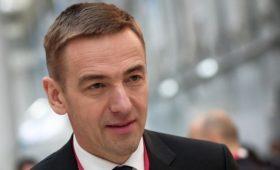 Трутнев попросил Медведева объявить выговор замглавы Минпромторга