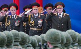 Лукашенко подписал новый план обороны Белоруссии