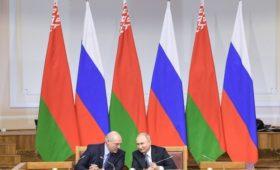 Лукашенко решил окончательно договориться с Путиным до Нового года