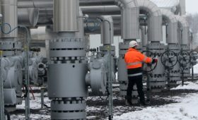 Кремль отказался считать урегулированным газовый спор с Украиной