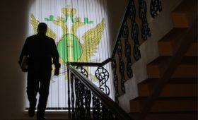 Минфин согласился на появление в России частных судебных приставов