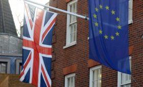 Парламент Великобритании утвердил законопроект о Brexit
