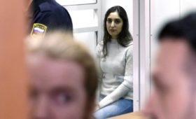 Песков сравнил процесс помилования израильтянки и Ходорковского