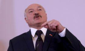 Лукашенко заявил о необходимости преодолеть подброшенные Россией проблемы