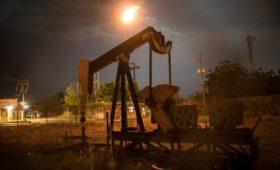 Reuters узнал о передаче иностранцам контроля над нефтью в Венесуэле