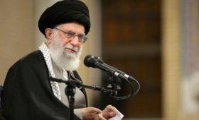 Трамп потребовал от верховного лидера Ирана выбирать выражения