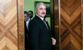 Хафтар попросил время до утра на московских переговорах по Ливии