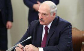 Лукашенко одобрил внесение изменений в газовый контракт с Россией