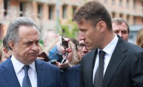 Виталий Мутко получил предложение возглавить госкомпанию «Дом.РФ»