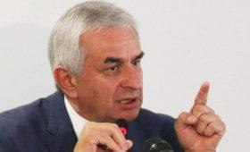 Президент Абхазии допустил введение чрезвычайного положения в стране