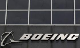 Акции Boeing упали на 4% после заявлений по 737 MAX