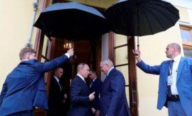 Лукашенко объяснил сложность переговоров с Путиным по нефти