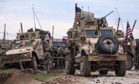 Российские военные пресекли конфликт между солдатами США и жителями Сирии