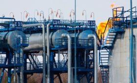 Правительство отказалось от введения налога на попутный нефтяной газ