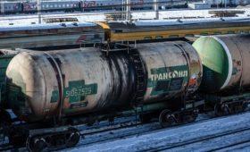 Компания Тимченко стала основным перевозчиком топлива Антипинского НПЗ