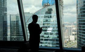 ВТБ увеличил выплаты членам правления до 2,2 млрд руб.