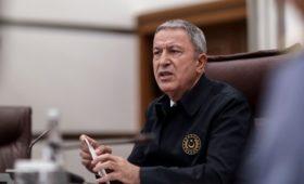 Турция предложила России «отойти в сторону» для решения ситуации в Идлибе