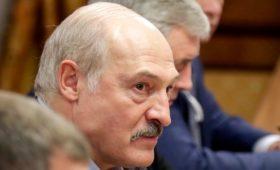 Лукашенко заявил о намеках руководства России на присоединение Белоруссии