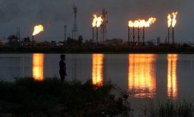 WSJ узнала о требовании Эр-Рияда сократить добычу нефти из-за вируса