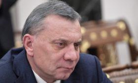Власти предложили жесткие ограничения на госзакупки иностранных товаров